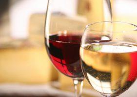 Vin du Rhône : adapter son choix aux convives
